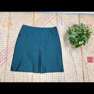 Doncaster Silk look pencil skirt size 14